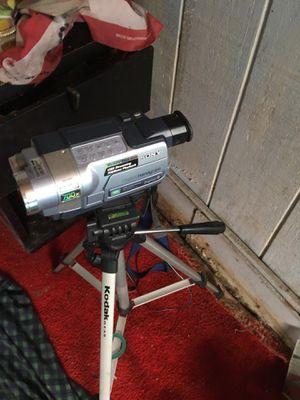 Sony camera with Kodak stand for Sale in Orlando, FL