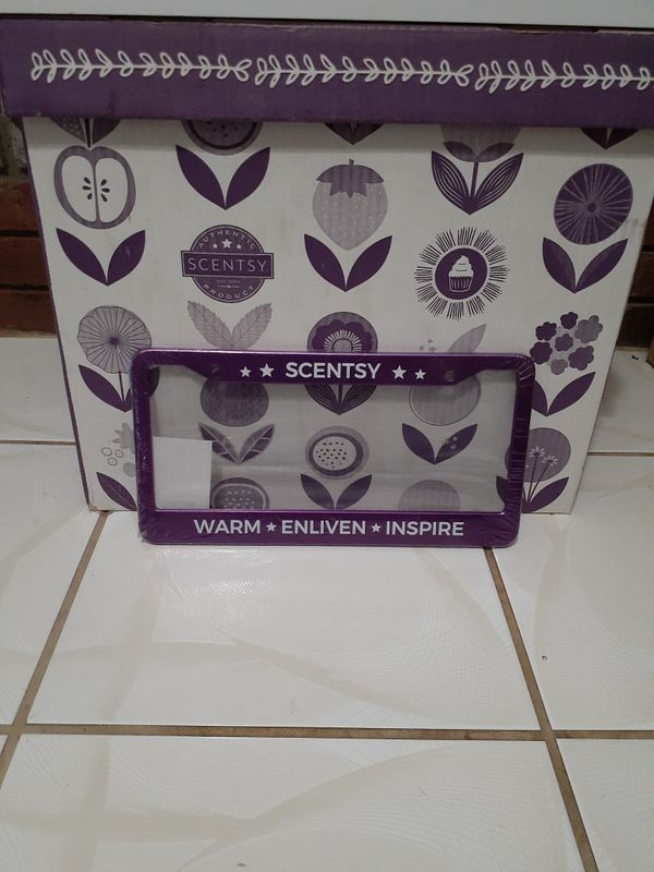 Scentsy accessories for an independent consultant