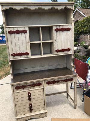 Desk for Sale in Fort Wayne, IN
