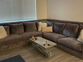 Large Grey Sectional Couch for Sale in Las Vegas,  NV