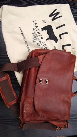 "WILL ""Kent"" leather messenger bag for Sale in Oatfield,  OR"