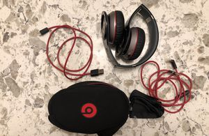 Beats by Dre Solo 1 Wireless Headphones - $100 for Sale in Tacoma, WA