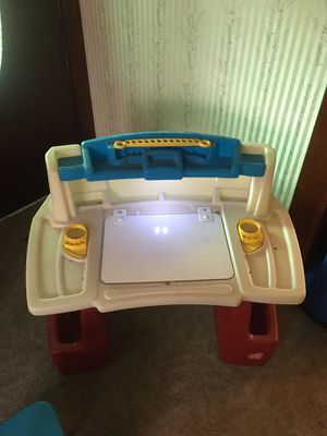 Step 2 kids art desk for Sale in Ontario, CA