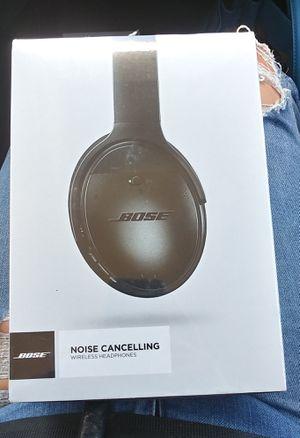 Bose wireless headphones for Sale in Terrell Hills, TX