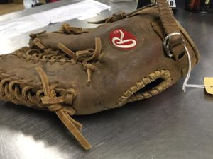 Rawling outfield glove for Sale in Matawan, NJ