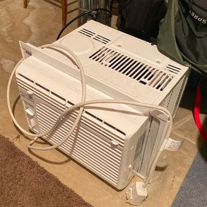 Window AC Unit for Sale in Mechanicsburg, PA