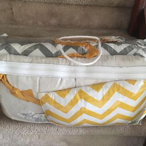 Baby crib bumper set for Sale in Plantation, FL