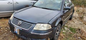 2000 Volkswagen passat for parts for Sale in Aurora, IL