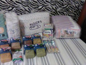 Toddler size 3 diapers kit with baby food and Similac for Sale in Phoenix, AZ