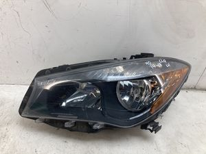 For 2014-2018 Mercedes Benz cla250 cla front left driver headlight lamp halogen for Sale in Chino Hills, CA