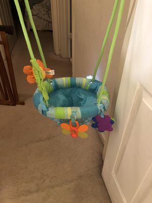 Baby swing/jumper for Sale in Alpharetta, GA