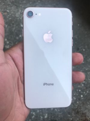 iPhone 8 for Sale in Humble, TX
