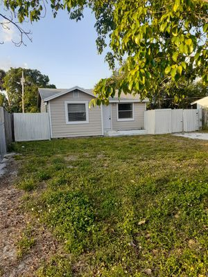 House 2 bedroom 1 badroom new a/c for Sale in West Palm Beach, FL