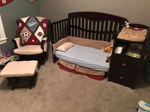 3-in-1 crib with attached changing table for Sale in Virginia Beach, VA
