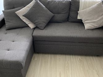 Reversible Sectional Sofá Sleeper. L-shape for Sale in Seattle,  WA