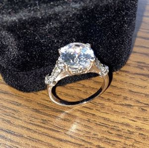 Ring Lab Simulated 3.0 Carat. New. Size 7. Silver plated, with luxurious velvet gift box. CASH ONLY NO TRADES. DELIVERY CLEVELAND AREA: $15-20 extra! for Sale in Alexandria, VA