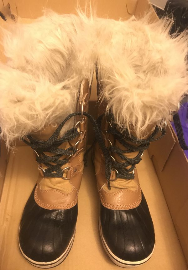sorrel girls snow boots