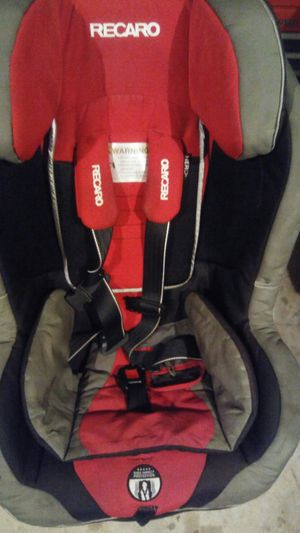 Baby threw todler car seat for Sale in Stafford, VA