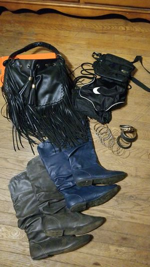 Boots size 11, Fringe purse and accessories. for Sale in Dayton, OH