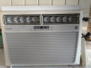 Frigidaire A/C window unit for Sale in Monroe, LA
