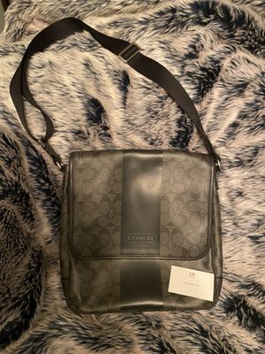 Authentic Coach Heritage Bag Crossbody Messenger/Map Bag for Sale in Weehawken, NJ