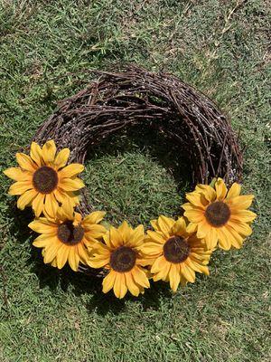 Sunflower wreath for Sale in Salinas, CA