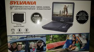 "9"" Portable DVD Player- Swivel Screen Lecteur DVD Portatif for Sale in Oakland Park, FL"