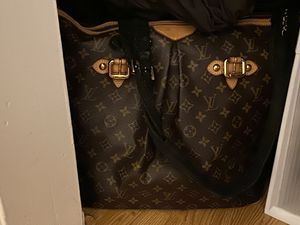 Louis Vuitton overnight bag. for Sale in Los Angeles, CA
