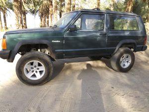 93 jeep Cherokee 4x4 for Sale in Coachella, CA