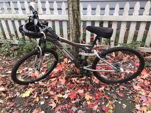 Mongoose mountain bike for Sale in Portland, OR