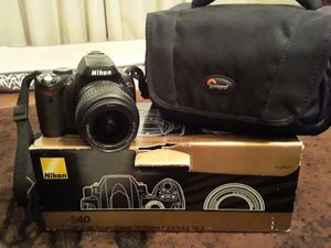 Nikon D 40 and camera case. Extra protection lenses. Great camera for Sale in Duncanville, TX