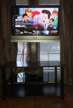 42 inch Panasonic ((((((((Make Offer! Need Gone))))))) for Sale in Arlington, TX
