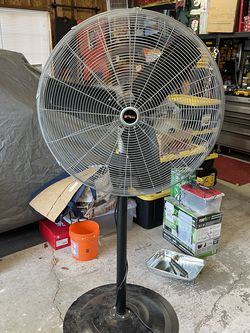 Pedalstal Fan 28 Inch for Sale in Vancouver,  WA