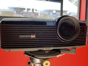 Viewsonic 1080p projector Pro8520HD w/ mounting kit for Sale in San Francisco, CA