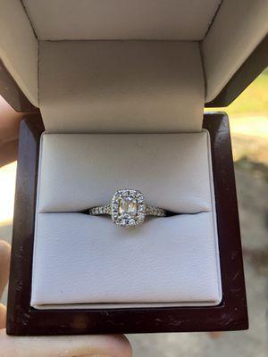 1 carat 14k white gold diamond engagement ring for Sale in Oakwood, GA