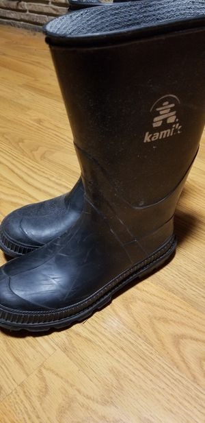 Kamik USED good condition kids size 3 rain boots for Sale in City of Industry, CA