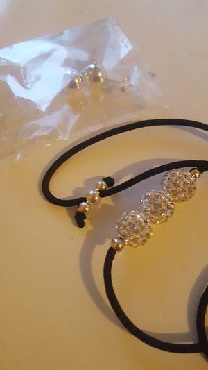 Bracelet w Earrings for Sale in Melrose Park, IL