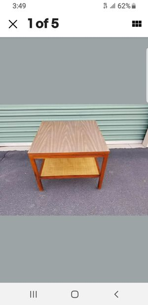"Mid Century Walnut Formica Top Woven Cane Shelf Coffee Table! 26×26×20"" **XLNT** for Sale in Sun City, AZ"