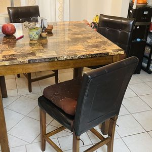 Counter Height Dining Table for Sale in Los Angeles, CA