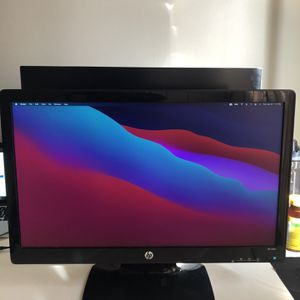 Monitor, keyboard and Mouse for Sale in Edison, NJ