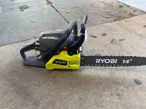 RYOBI 14 in. 37cc 2-Cycle Gas Chainsaw for Sale in Los Angeles, CA