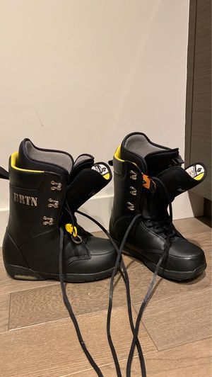 Burton Boxer Men size 9.5 snowboard boots for Sale in Seattle, WA