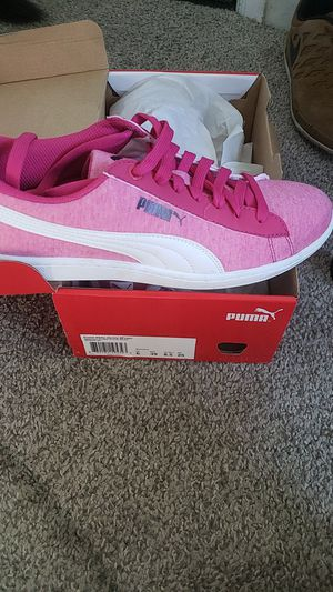 Puma Vikky size 8.5 for Sale in Denver, CO