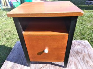 Small desk with filing cabinet and shelf. for Sale in Sebastian, FL
