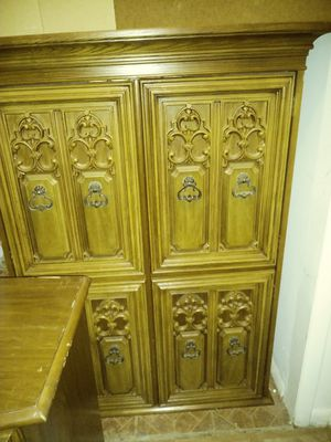 3 peices 1970 antique furniture. Matching dresser and wardrobe. for Sale in Burlington, NJ