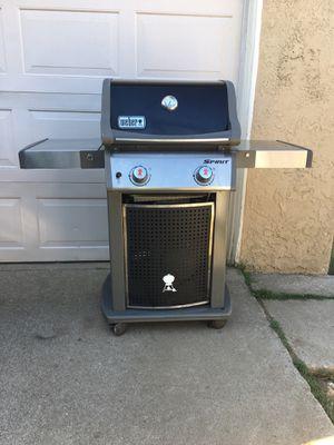 Weber Spirit propane grill/ Asador de Gas for Sale in Ontario, CA