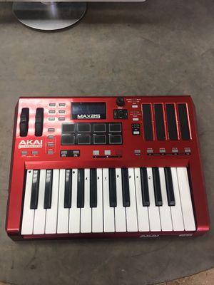 AKAI MAX 25 for Sale in Phoenix, AZ