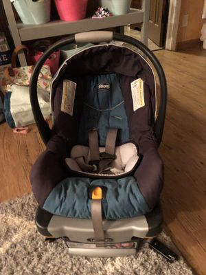 Chicco infant car seat with cover and 2 bases for Sale in Bend, OR