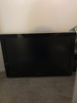 Vizio TV 27 inch $40 for Sale in El Cajon, CA