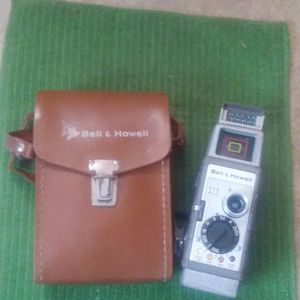Vintage Bell And Howell 8mm Video Camera for Sale in Fresno, CA